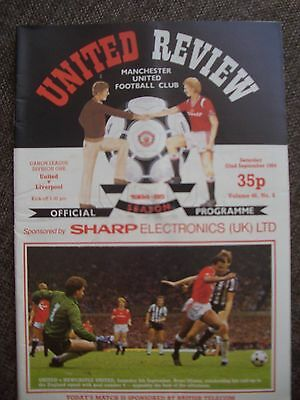 1984....MANCHESTER UNITED v LIVERPOOL....Division One.....Football Programme