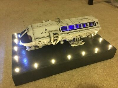 2001 Space Odyssey Moon Bus Model Moebius - FULLY BUILT & PAINTED + LIGHTS