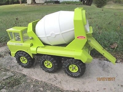 "Vintage Green Mighty Tonka Cement/Mixer Truck Pressed Steel, Large, 19"" long"