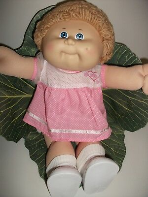 Coleco Cabbage Patch Doll 1985 Fawn Loopy Hair, Blue Eyes, One Dimple. Perfect!!
