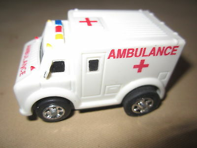 FIRE DEPARTMENT AMBULANCE- 8pc PUZZLE PLUS 7pc SET BATTERY OPERATED WHITE New