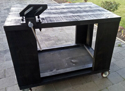 Work Bench Heavy Duty Mobile with Steel Vice and brakes