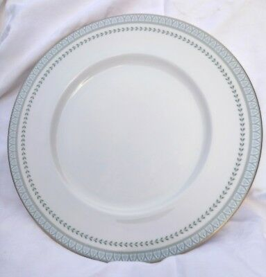 Royal Doulton  DINNER PLATE - BERKSHIRE Pattern - 27CM  (10.5inches)