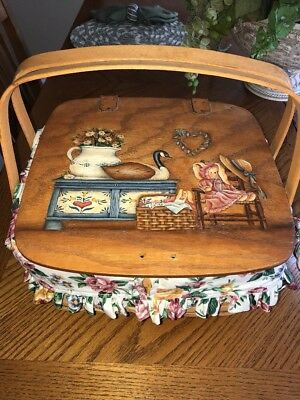 1995 Longaberger Small Picnic Basket Wood Handle ~ Liner~Protector Painted Lid