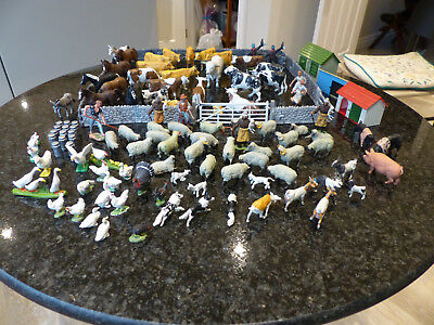 Britains Toy Farm: mixed herd of animals and some small buildings