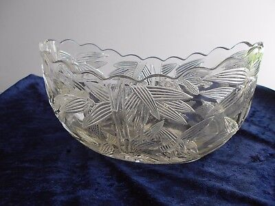 Sowerby Boat Shaped Clear Glass Flower Bowl With Engraved Bamboo Decoration