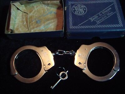 Vintage Smith & Wesson Handcuffs Model 90 new in the Box