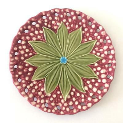 Bordallo Pinheiro Majolica Green Leaves Blue Red Floral Salad Side Plate Pierced