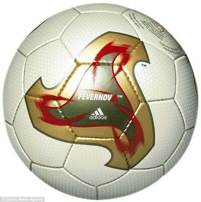 FIFA world cup 2002 Match Ball Adidas Fevernova- Size 5-Re-issue