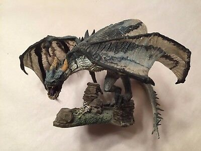 2004 McFarlane Toys Dragons Series 1 Quest for the Lost King Komodo Clan Figure