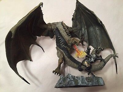 McFarlane Toys Dragons Series 1 Deluxe Berserker Clan Quest for the Lost King