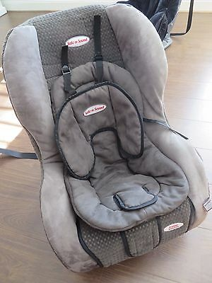 Safe n Sound > Premier Retractor > Child Car Seat (GREAT CONDITION)