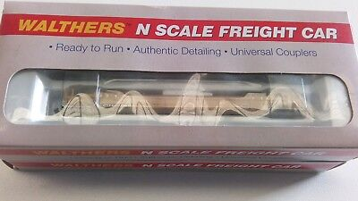 N Scale  Walthers  Well Cars  4 pack