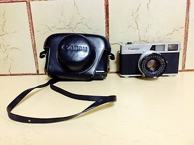 Vintage Canon Canonet 35mm Camera with Original Leather Case