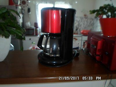 cafetiere  rouge