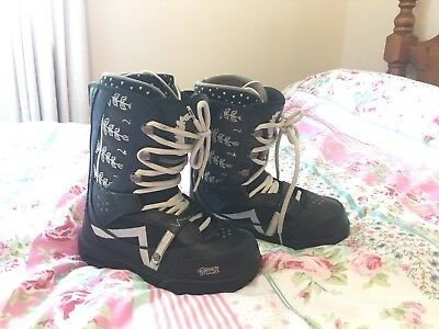 Vans Snowboard Boots Woman Women Girl