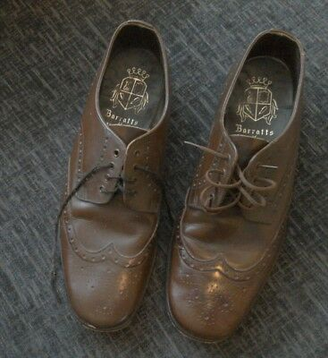 SIZE 9 Men's Vintage Bown Leather Brogues shoes by Barrets of Northampton
