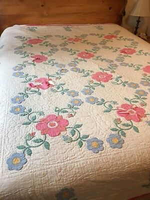 """Vintage*Flower*Cutter Quilt ?*Hand Quilted & Appliqued*78"""" X 80"""""""