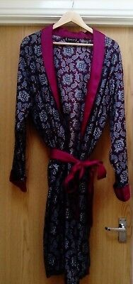 VINTAGE TOOTAL SMOKING JACKET - ROBE- DRESSING GOWN Large