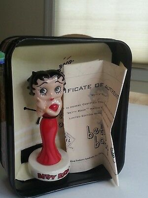 betty boop figurine by fossil Collectables includes original tin and certificate
