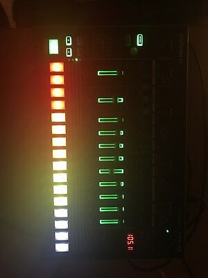 Roland TR-8 Drum Machine. Perfect condition!!