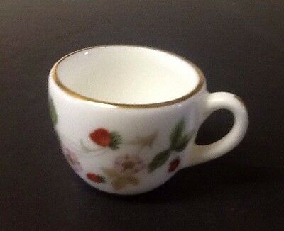 Miniature Wedgwood Bone China Cup Wild Strawberries   Approx 2cm x 3cm