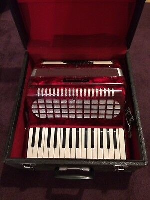 Chanson 48 bass red marbled accordion