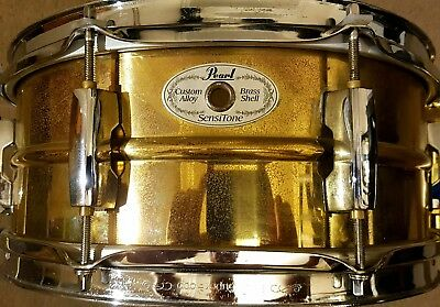 Pearl sensitone brass shell 13x5.5 snare drum