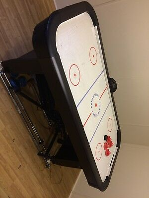 electric air hockey+4pushers +6pucs 7ftx3ft6ins collection only