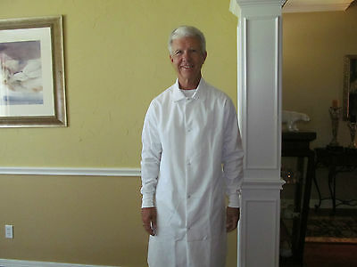 """Unisex White Cotton Blend Medline Snap front w/ cuff Length 40"""" Size 3XLfor11.00"""