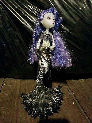 """Monster High Scarrier Reef Sirena Von Boo Mermaid Freaky Fusion 12"""" Doll J-T-P"""