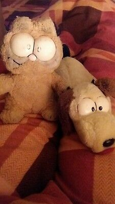 Vintage Garfield and Odie soft toys