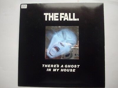 the fall, there's a ghost in my house 7 inch, HOLOGRAM, beg 18711. 1987 uk.