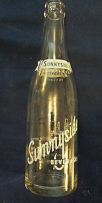 """Rare Canadian (Toronto, Ont) """"sunnyside Beverages"""" 12 Oz Clear  Bottle-White Acl"""