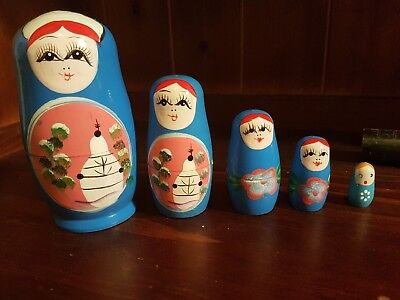 Babushka dolls hand painted russian? set of 5 nesting dolls