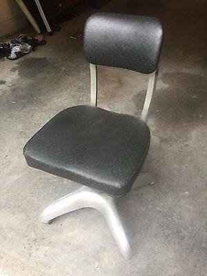 Good Form Industrial Office Chair
