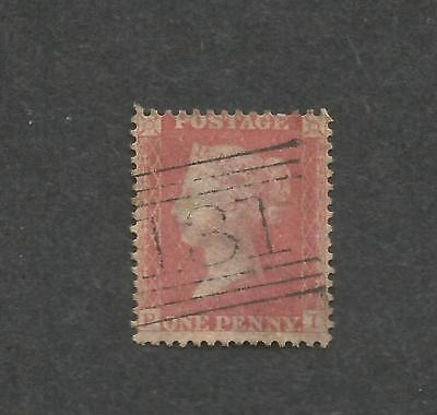 l GB 1855-58 1d Red Q Vic corner letters P,I,, Large Crown Perf 14X14, ( W.4 )