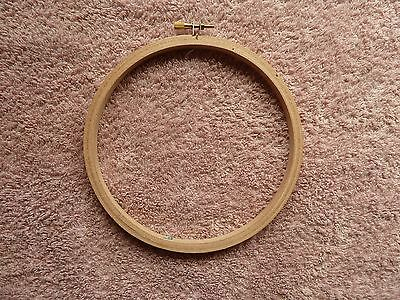 Round Wooden Hoop/Ring ideal for Embroidery Cross Stitch Sewing 6 inch
