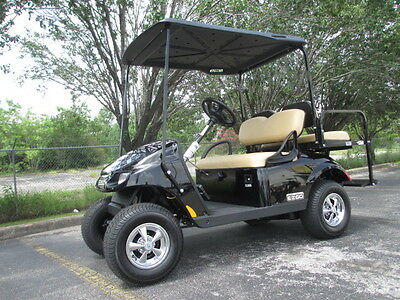 2017 Ezgo Gas Valor Golf Car/ Golf Cart