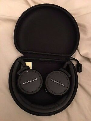 Porsche Headphone - Case - CAYENNE/GTS/DIESEL/MACAN/PANAMERA - BLUETOOTH