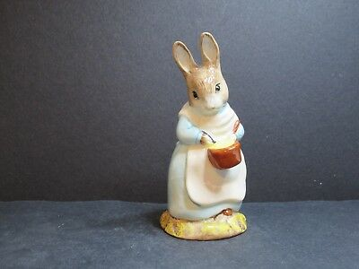 Beswick Beatrice Potter   Mrs Rabbit Cooking