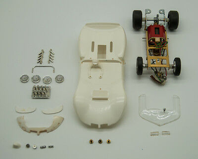 1/24 Monogram  Chaparral 2C Slot Car Kit 002