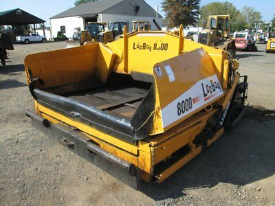 Leeboy 8000 Asphalt Paver Diesel 8 To 14 Foot Very Clean Low 543 Hours