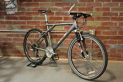 1999 GT Rebound Pewter RockShox Shimano 24 speed Mountain Bike Aluminum Front Su