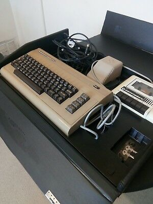 Commodore 64 ***NO RESERVE***
