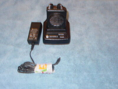 Motorola Minitor V 5 Uhf  Pager With Charger 453-462 Mhz 2-Ch Stored Voice