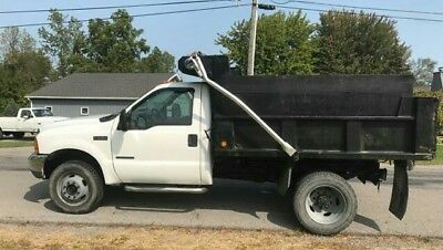 2001 Ford F-550  2001 Ford F-550 7.3 diesel dump 4wd low miles