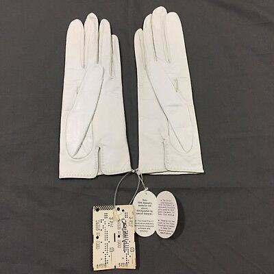 Vintage Leather Gloves Silk Lined Sacha for Saks Fifth Avenue White Size 7 NWT