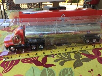 Amoco 1998 Toy Tanker Truck E Collectibles