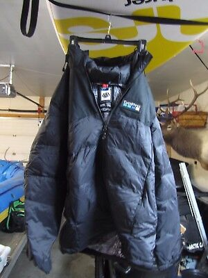 GoPro x 686 Winter Down Parka (Large)